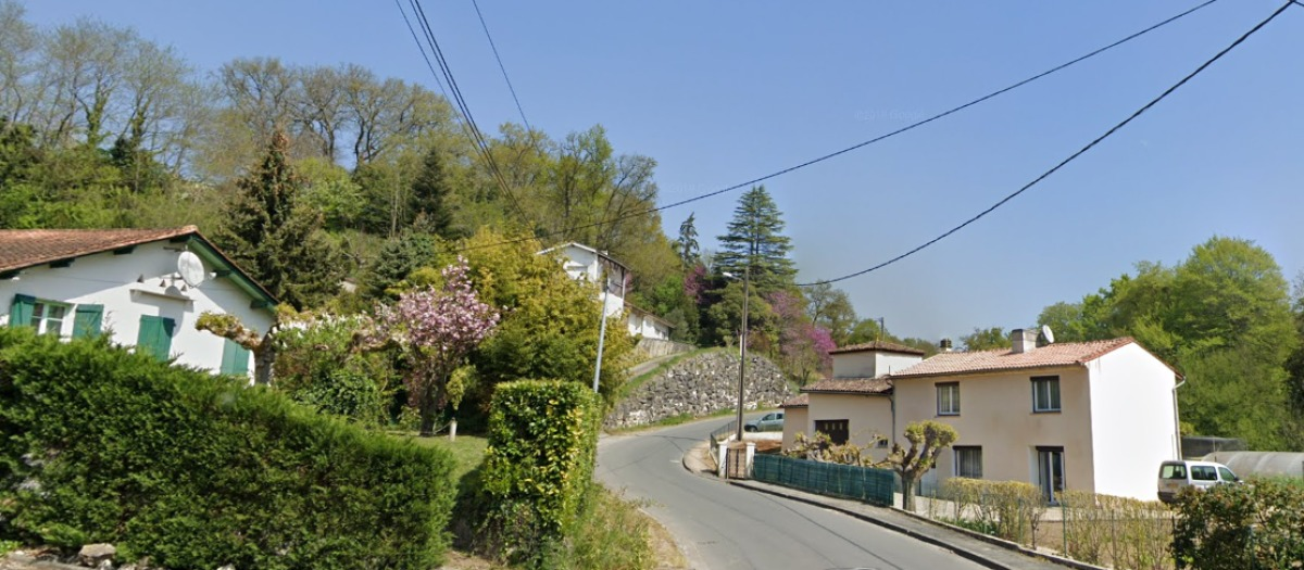 Immobilier neuf à Cambes – L'axe du Moulin de la Roque se compose de maisons récentes et de pavillons plus anciens