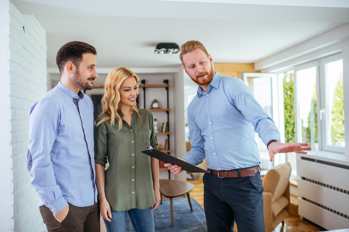 location appartement neuf bordeaux - Visite d'un appartement neuf mis en location avec un agent immobilier