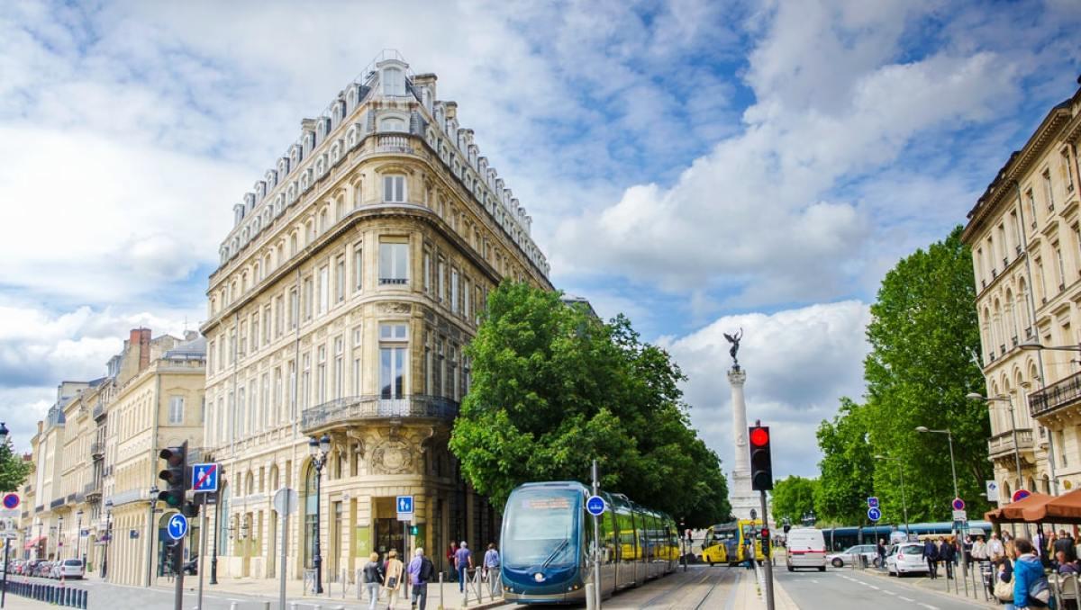Quartier Bordeaux - La place de la Comédie à Bordeaux