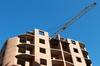 Relance promotion neuve - grue sur un chantier en construction