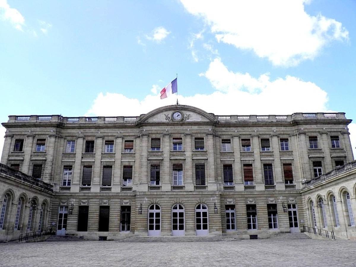L'hotel de ville de Bordeaux