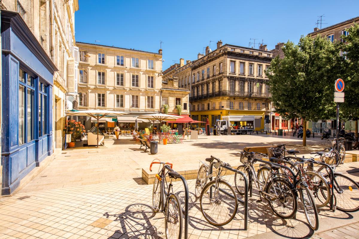 PTZ 2020 à Bordeaux - petite place dans le centre historique de Bordeaux