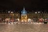 La porte Cailhau à Bordeaux vue de nuit