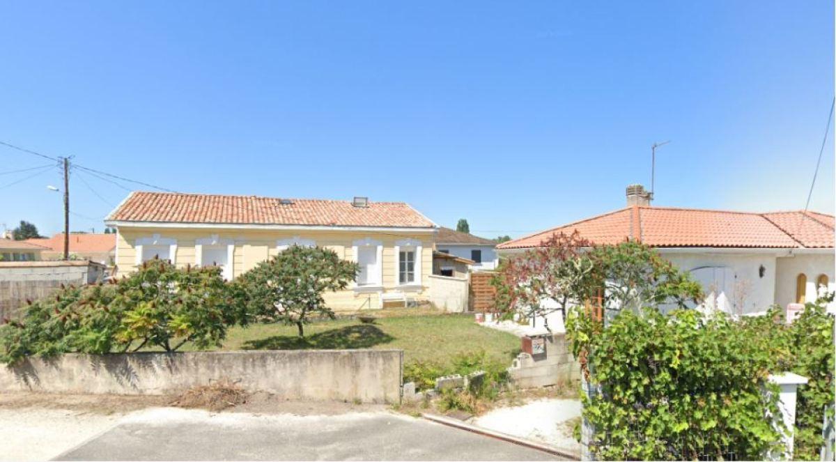 L'avenue du Thil est dans la quartier familial Gajac et se compose de maisons individuelles plain-pied.