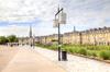 Les quais de Bordeaux, près de la Garonne