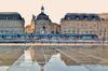 Pinel 2021 - la place de la Bourse à Bordeaux et le tramway passant devant