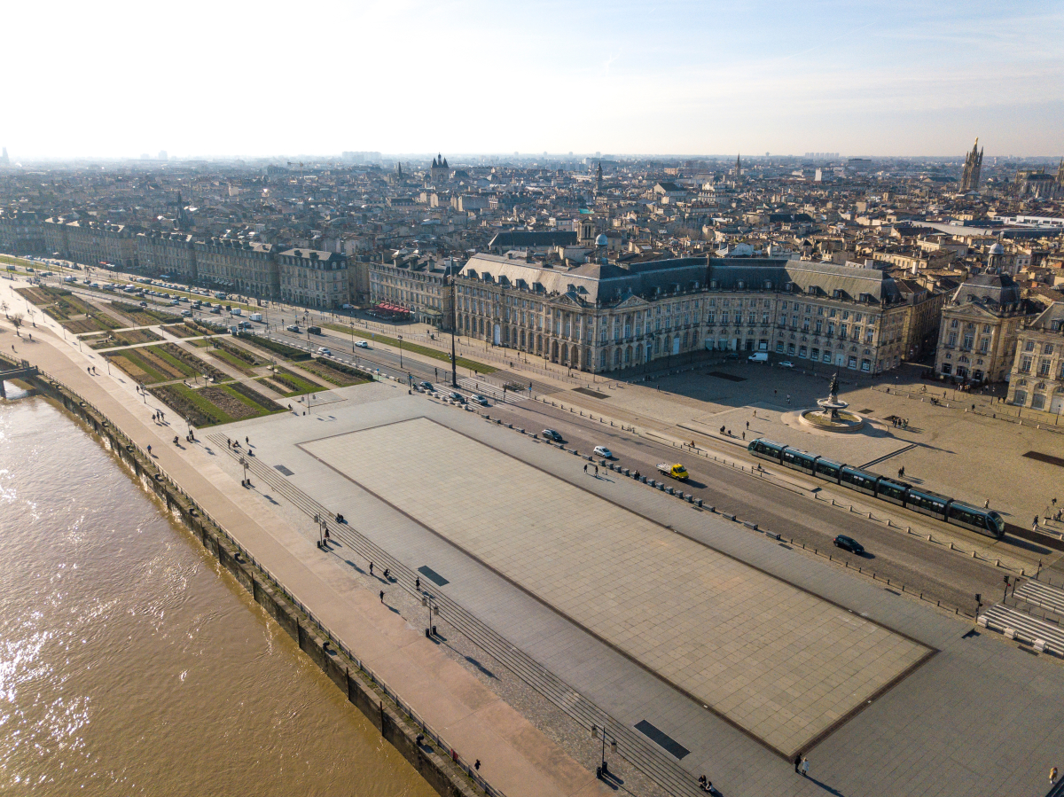 architecte bordeaux – vue aérienne du miroir d'eau à Bordeaux