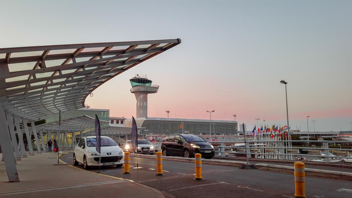 investir à bordeaux - l'aéroport international de Bordeaux-Mérignac