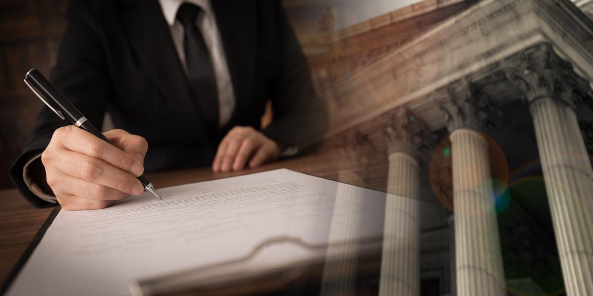 projet de loi 4d - un homme en tain de rédiger un projet de loi