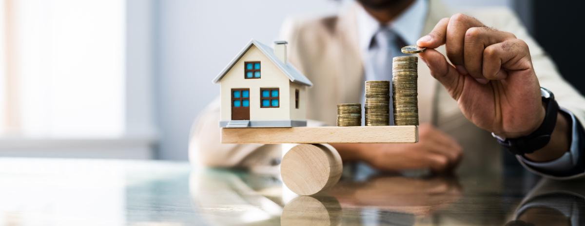 Censi Bouvard Bordeaux - Concept d'équilibre entre une maison et de l'argent pour un investissement