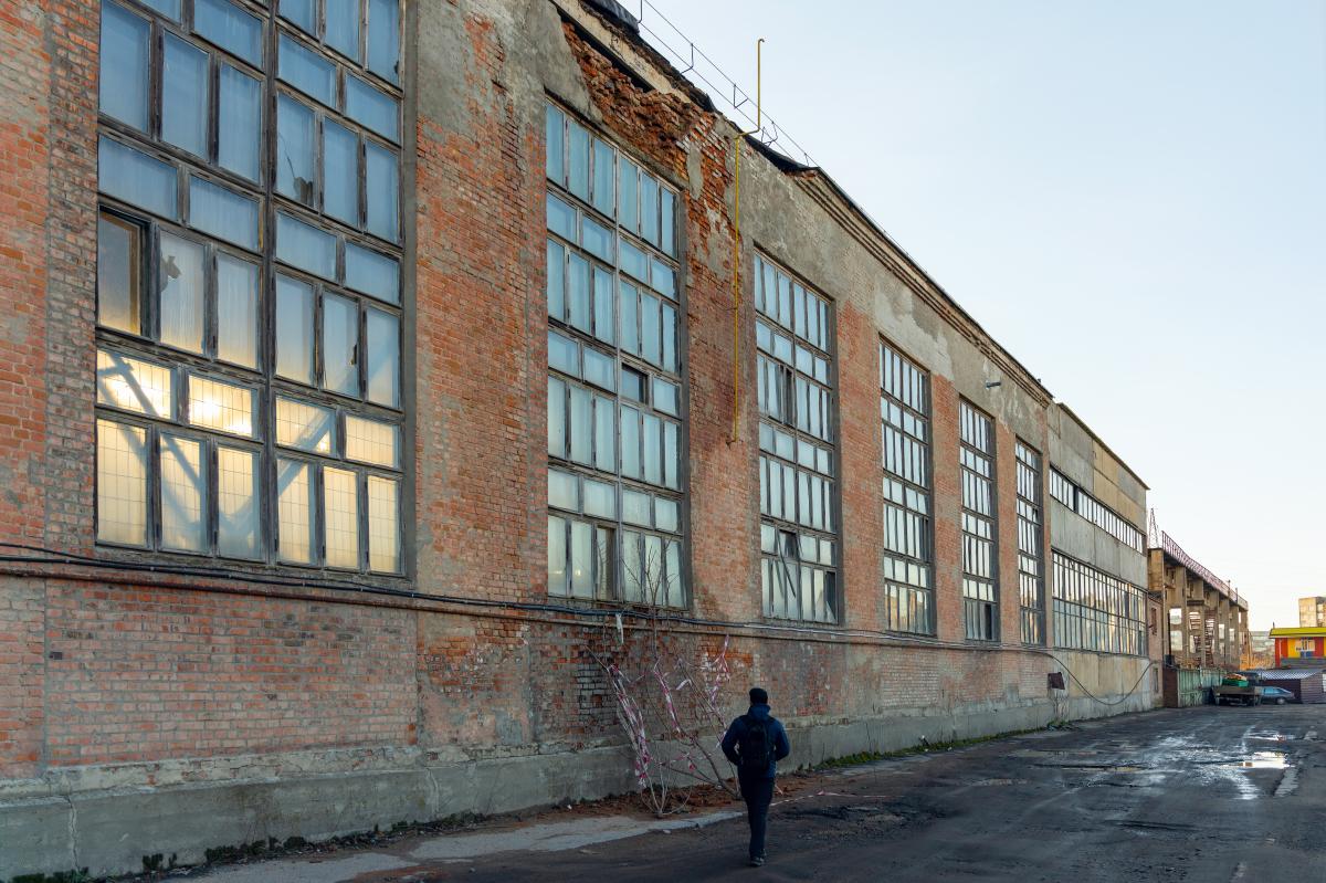 Friche Terrefort – Grand bâtiment industriel désaffecté
