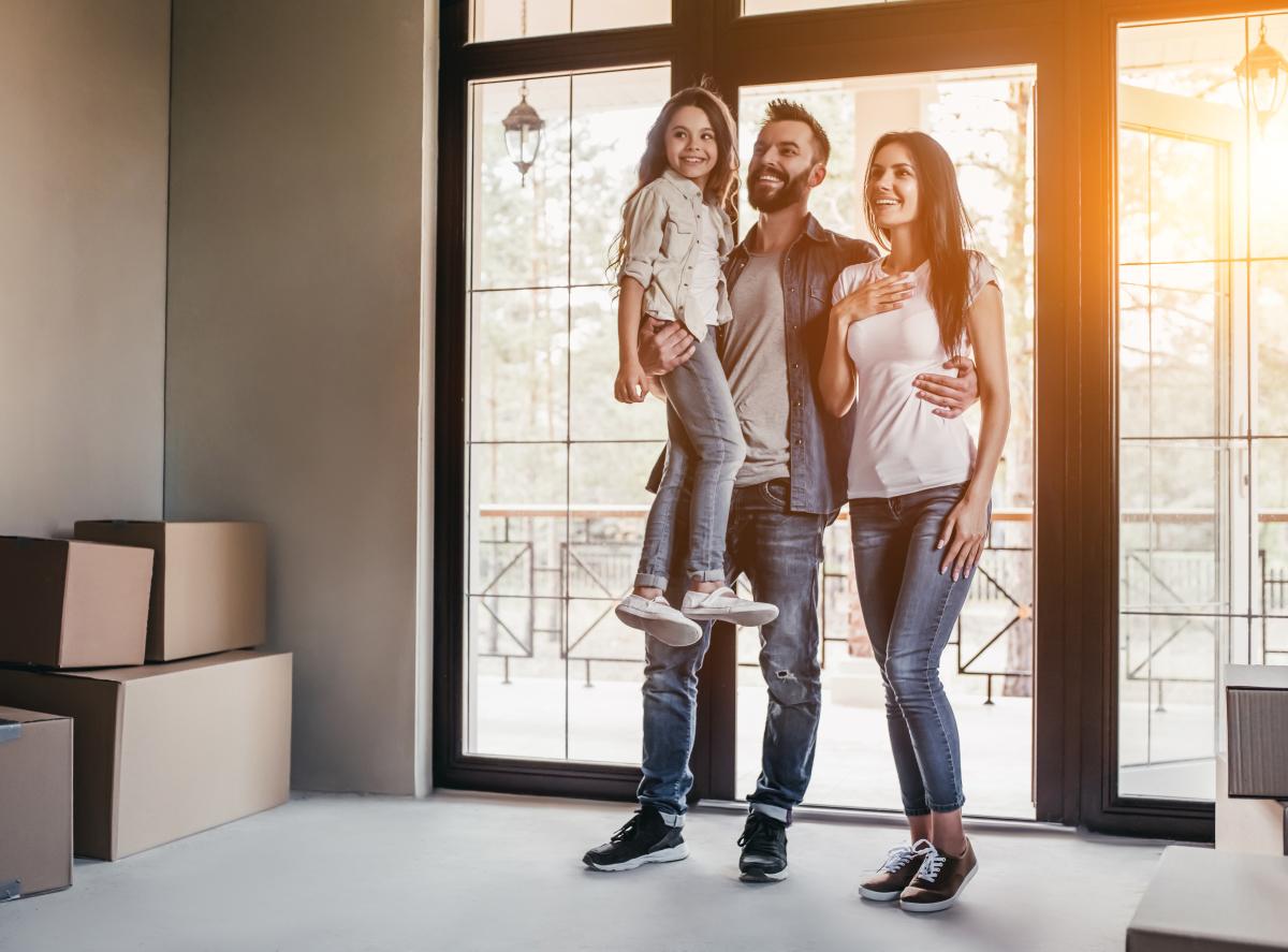 Résidences secondaires à Bordeaux – Une jeune famille aménage dans sa nouvelle maison