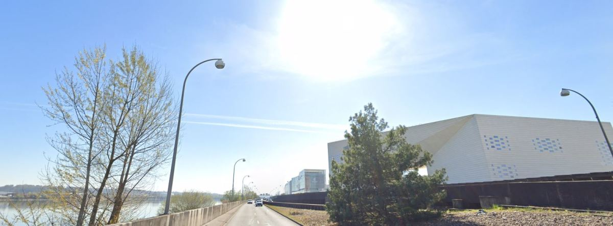 Boulevard des frères Moga à Bordeaux – vue sur le boulevard actuel des frères Moga